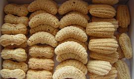 Foukané ořechové cukroví