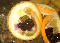 Jelení plec na víně, tymiánu, hříbkách a borůvkách