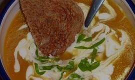Dýňová polévka se smetanou