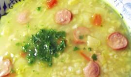 Polévka z kapustiček s kroupama