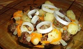Gnocchi s kuličkami z hovězího mletého masa a mrkví