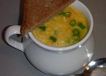 Polévka z vařených vajec