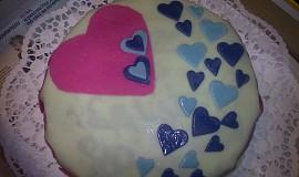 Srdíčkový dort