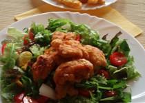 Kuřecí tempura se zeleninovým salátem