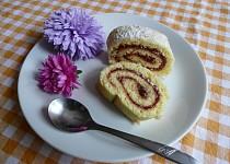Piškotová roláda s marmeládou
