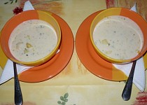 Česnekovo - smetanová (krémová) polévka