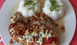 Kuře na hruškách s flambovanými ořechy