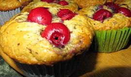 Čokoládovo třešňové muffiny