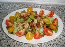 Zeleninový salát s hříbky a kuř.masem