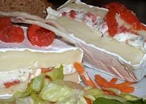 """Plněný Camembert s bylinkami a """"lososem"""""""