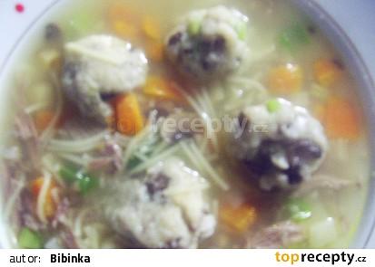 Houbovo-krupicové knedlíčky v polévce...