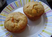 Muffiny se sýrem Brie a paprikou