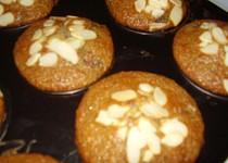 Malinové muffiny s mandlemi