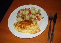 Kuře v těstíčku a bramboroý salát