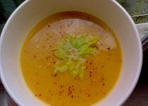 Celerovo-mrkvový polévkový krém