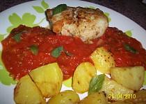 Rybí závitky v rajčatové omáčce