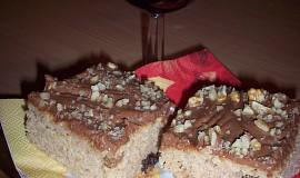 Jablečný moučník s čokoládovo-smetanovou polevou