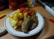 Kančí maso s bramborem