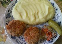 Masovo - vločkové karbanátky se slaninou a sýrem