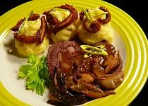 Kližka na hříbcích a křemenáčích s česnekovou bramborovou kaší a hlívovými hranolky