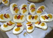 Ovocno-sýrové chlebíčky