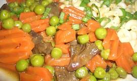 Krůtí srdíčka s mrkví a hráškem