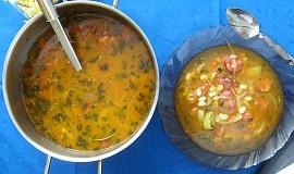 Fazolová polévka s moravskou klobásou