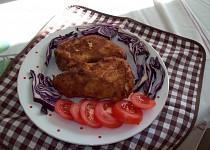 Paprikové lusky, smažené, plněné balkánským sýrem