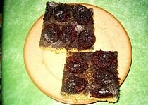 Bramborový koláč se švestkami a mákem
