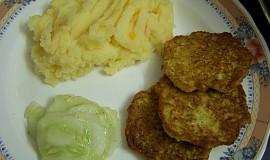 Cuketove placky a stouchane brambory