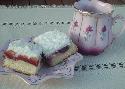 Švestkový koláč s peřinou