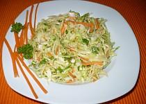 Pikantní zelný salát