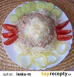 Špagety se sýrovo-tuňákovou omáčkou