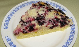 Hrníčkový ovocný koláč
