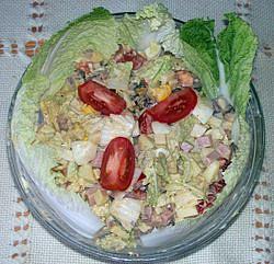 Vaječný salát s uzeným masem