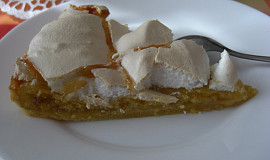 Linecký koláč se sněhem a marmeládou