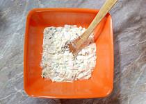 Salát z pekingského zelí se zakysanou smetanou