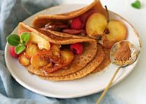 Zdravé sladké palačinky se skořicovými jablíčky