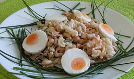 Sójový salát s těstovinami a vejci
