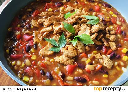 Mexické fazole s krůtím masem