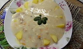 Bílá polévka z králíka
