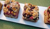 Zdravý koláč s muchovníkem a rybízem