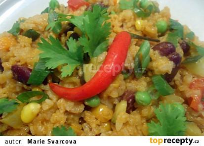 Mexická rýže s fazolemi a zeleninou