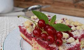 Rybízový kynutý koláč