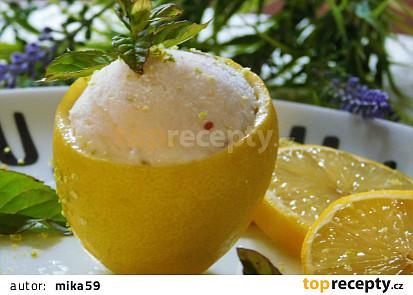 Citronová zmrzlina