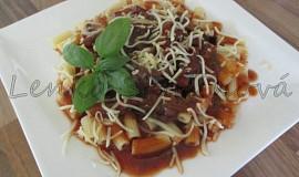 Bezlepkové těstoviny s houbovou omáčkou