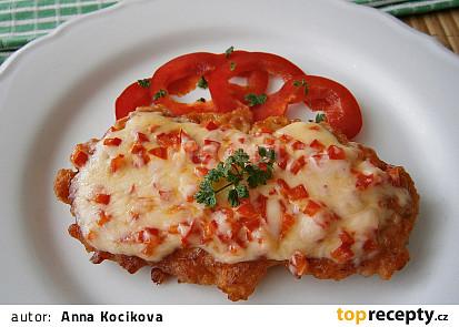 Krůtí marinované řízky se sýrem a paprikou