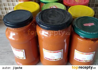 Rajčatová omáčka do sklenic