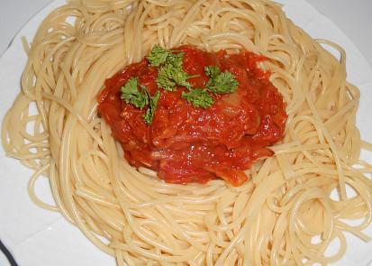 Špagety s cuketovou směsí  /Dělená strava podle LK - Kytičky+zelenina/