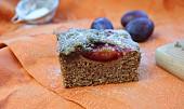 Švestkový koláč (špaldová mouka)